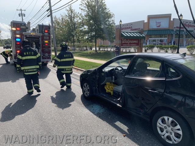 MVA Heavy Rescue Wading River Manor Rd. Photo By. WRFD
