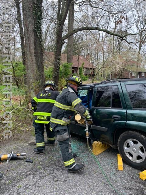 MVA Heavy Rescue Dogwood Dr. Photo By. WRFD